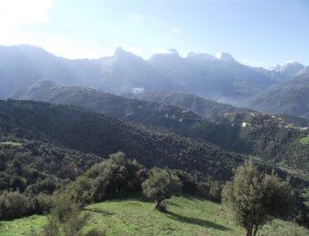 Par delà les montagnes