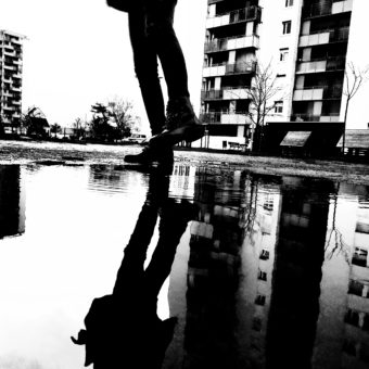 Ashraf Fayad, Je vis des moments difficiles (poème 5)