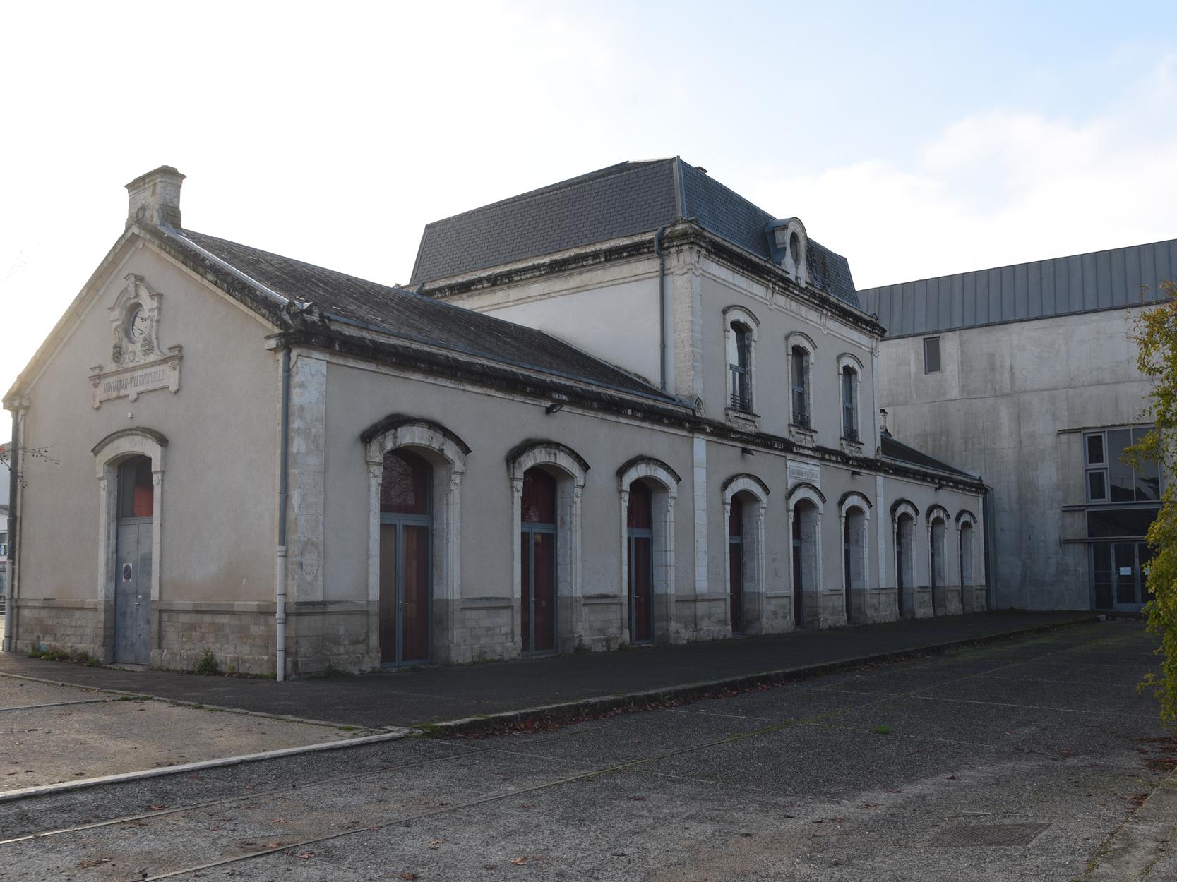 L'ancienne gare de Villenouvelle Montauban, salle Eurythmie, Photo signée Joëlle Faure